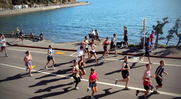 Ami_kio_bay_runners